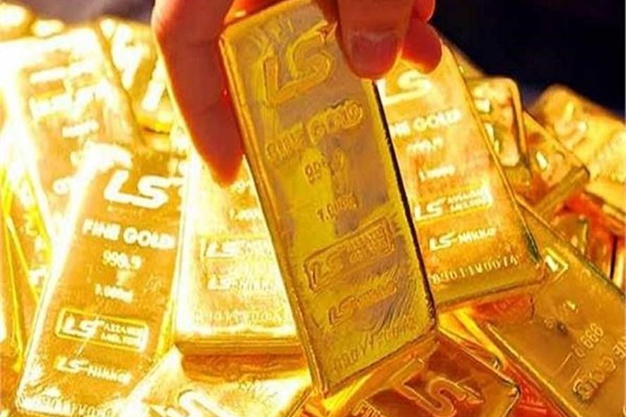 Giá vàng thế giới đã chạm đỉnh 2,5 tuần. Ảnh PV