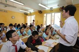 """Bộ GDĐT thừa nhận gây hiểu lầm về """"lệnh cấm"""" không dạy ngoài sách giáo khoa"""