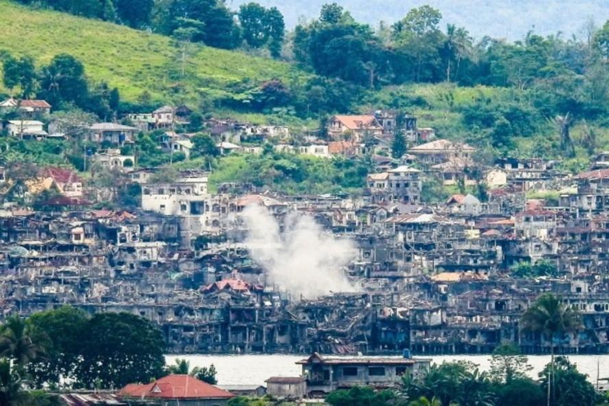Ông Rodrigo Duterte tuyên bố giải phóng Marawi. Ảnh: AFP