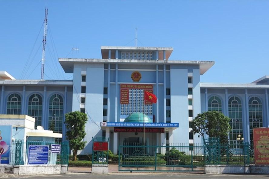 Trụ sở UBND huyện Đông Hòa, Phú Yên. Ảnh: Cổng TTĐT huyện Đông Hòa