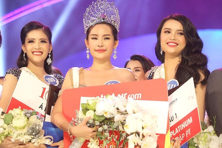 Tân Hoa hậu Đại Dương 2017 Lê Âu Ngân Anh (giữa).