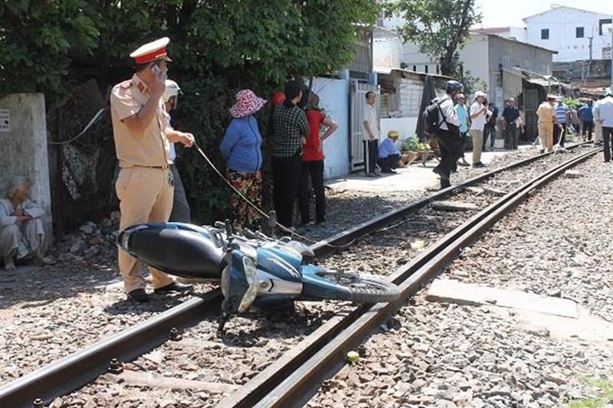 Hiện trường vụ tai nạn đường sắt xảy ra vào ngày 17.3 tại phường Phước Tân, Nha Trang (tỉnh Khánh Hòa) khiến một cụ ông đi xe máy thiệt mạng. Ảnh minh họa