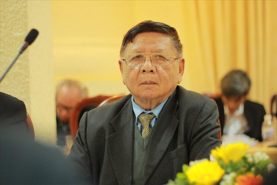 PGS.TS Trần Xuân Nhĩ - nguyên Thứ trưởng Bộ GDĐT đề xuất tăng lương cho giáo viên, cải tạo cơ sở vật chất để tăng chất lượng giáo dục. Ảnh: Trần Vương