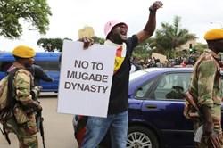 Zimbabwe sắp đến hồi kết: Mugabe mặc cả lối thoát trong danh dự
