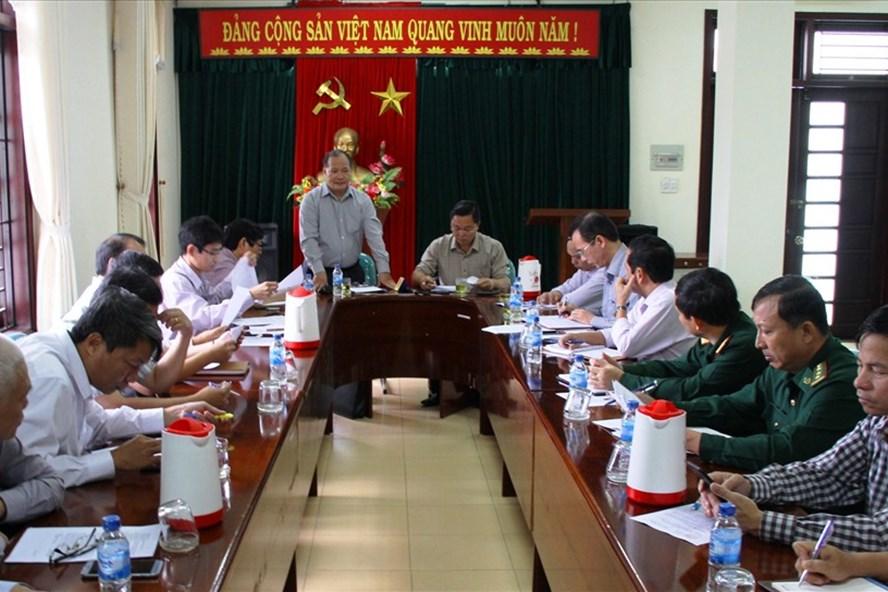 Ban Chỉ huy PCTT và TKCN họp khẩn với các ngành chức năng tỉnh Quảng Nam về công tác ứng phó thiên tai. Ảnh: LP