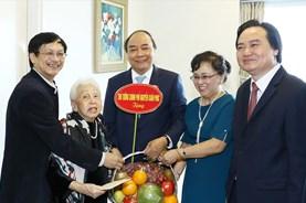Thủ tướng thăm hỏi, chúc mừng các nhà giáo nhân ngày 20.11