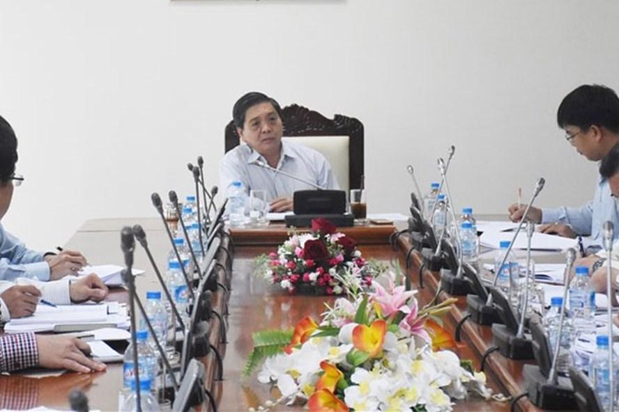 Ông Lê Tuấn Quốc, Phó Chủ tịch UBND tỉnh chủ trì buổi làm việc