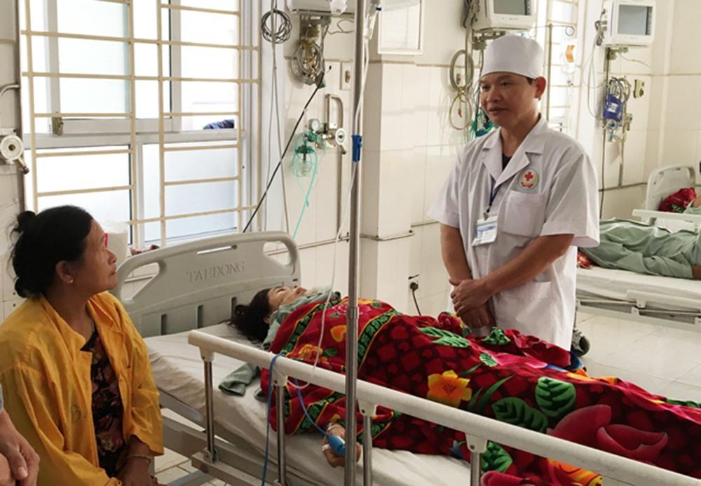 Nạn nhân đã qua cơn nguy kịch và đang được điều trị tích cực tại bệnh viện. Ảnh: BTN.