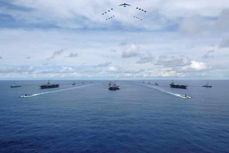Ba tàu sân bay Mỹ sẽ tập trận chung ở tây Thái Bình Dương khi ông Donald Trump công du Châu Á. Ảnh: Reuters
