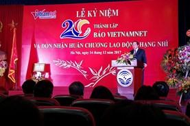 Tròn 20 tuổi xuân, báo điện tử VietNamNet đón Huân chương Lao động Hạng Nhì