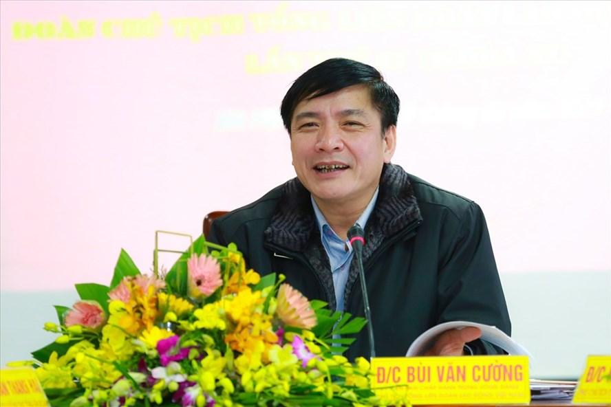 Chủ tịch Tổng LĐLĐVN Bùi Văn Cường phát biểu chỉ đạo tại hội nghị.Ảnh: HẢI NGUYỄN