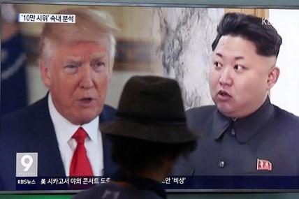 Ông Donald Trump hoan nghênh quyết định 'hoãn binh khôn ngoan' của Triều Tiên