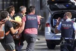 """Thủ tướng Tây Ban Nha: Tấn công Barcelona là """"khủng bố thánh chiến"""""""