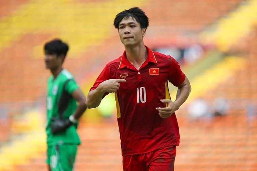 Công Phượng có pha solo ghi bàn vô cùng đẹp mắt giúp U22 Việt Nam đại thắng Philippines 4-0. Ảnh: Đ.Đ