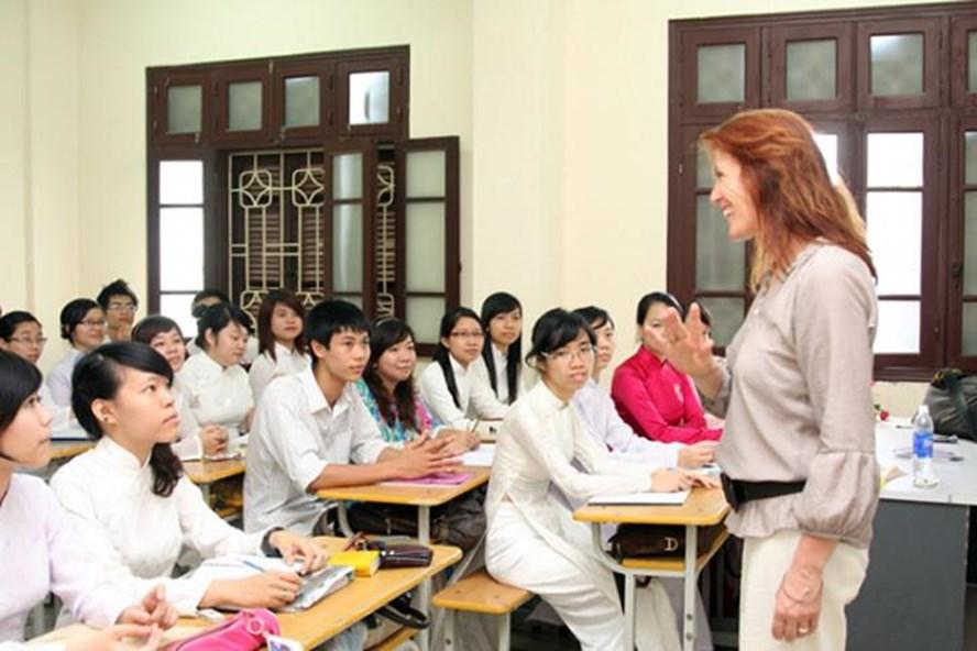 Giờ học tiếng Anh với giáo viên nước ngoài. Ảnh minh hoạ.