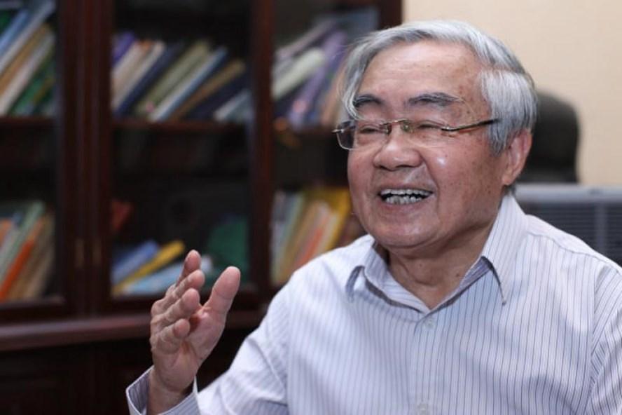 Giáo sư Phạm Minh Hạc. Ảnh: Hoài Hương.