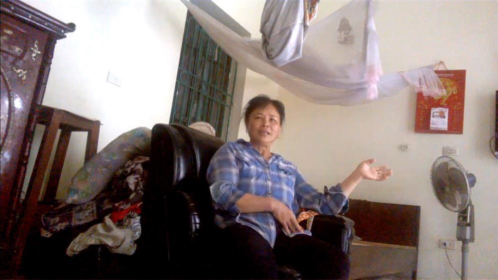 Một phụ huynh học sinh bức xúc trả lời PV Lao Động.