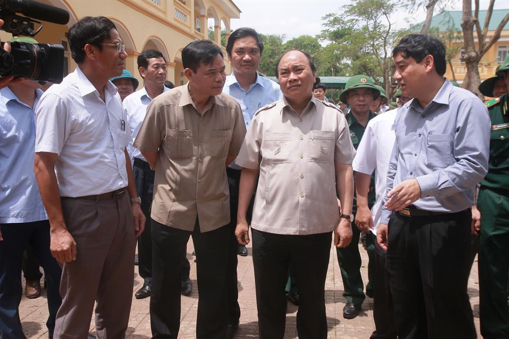 Thủ tướng đánh giá cao công tác phòng chống bão của chính quyền Nghệ An (ảnh D.N)