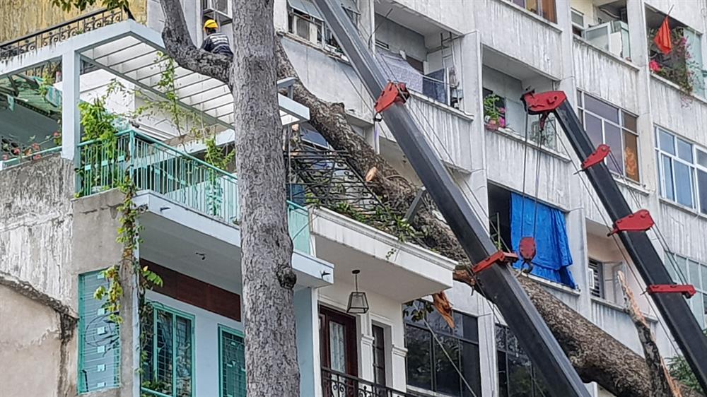 Căn nhà số 45 bị hư hỏng. Ảnh: Trường Sơn