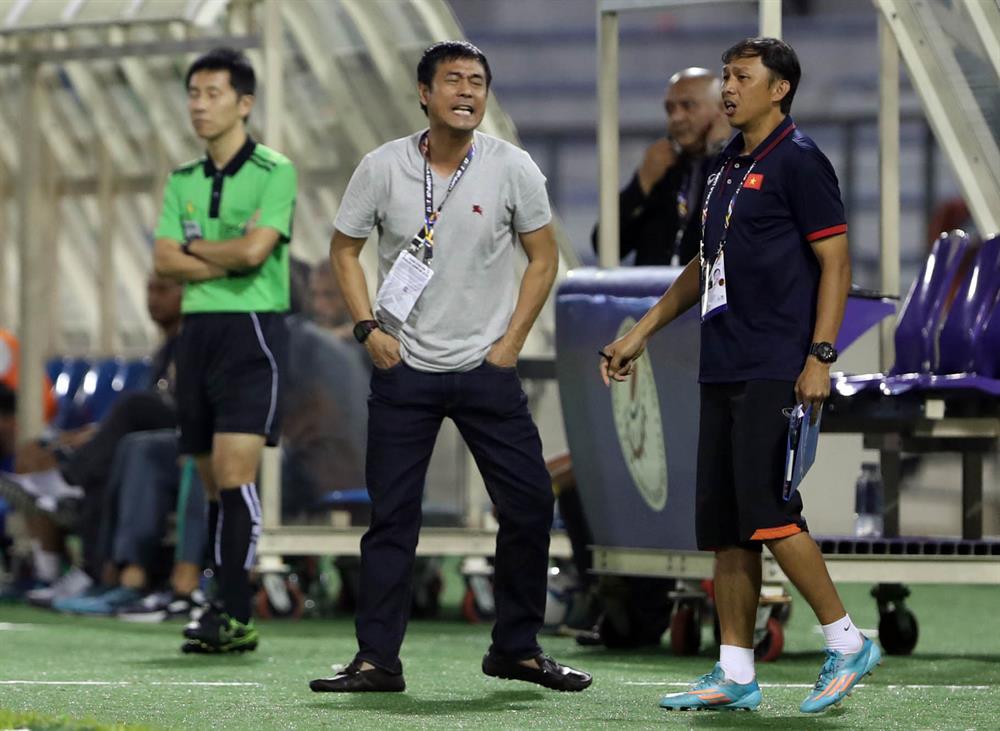 HLV Hữu Thắng thất bại với U22 Việt nam ở SEA Games 29. Ảnh: H.A