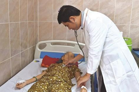 Đêm trực cứu sống cùng lúc hai bệnh nhân lớn tuổi sốc nhiễm trùng đường mật
