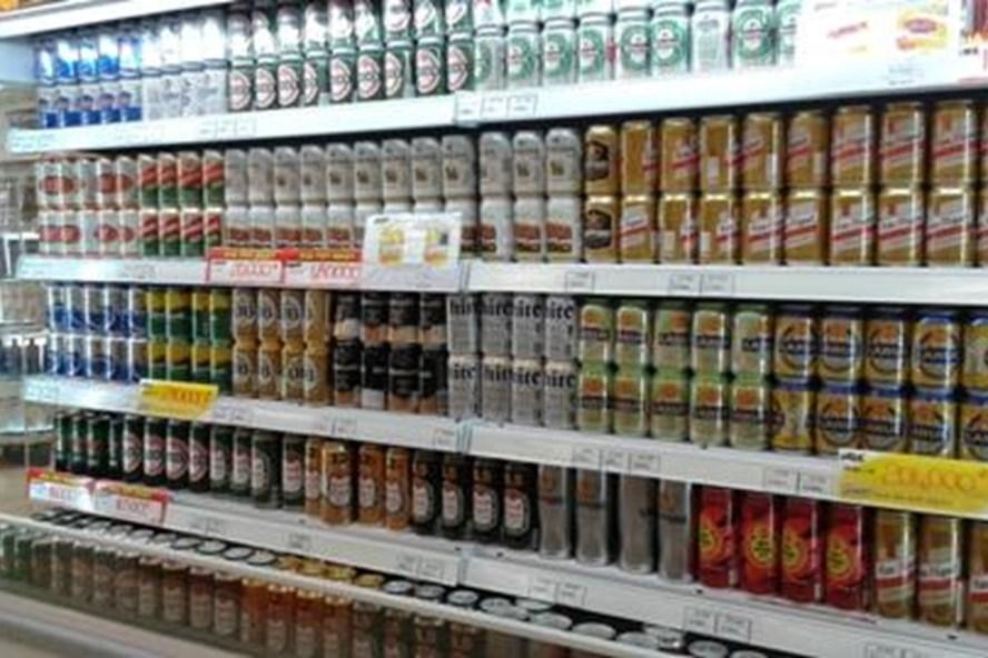 Với đề án này, tem bia sẽ được dán ở tất cả sản phẩm bia sản xuất trong nước cũng như nhập khẩu trước khi lưu thông trên thị trường. Ảnh: Internet