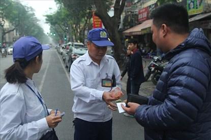 Infographic: Chi tiết mức giá gửi xe đang áp dụng tại các địa điểm ở Hà Nội