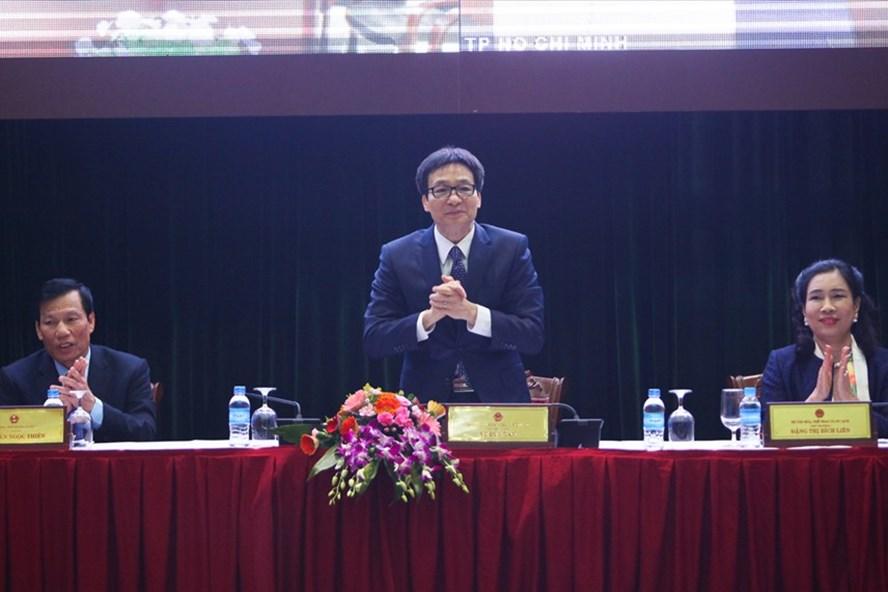 Phó thủ tướng Vũ Đức Đam tham dự hội nghị triển khai nhiệm vụ công tác văn hoá, thể thao và du lịch năm 2018. Ảnh: Đăng Huỳnh