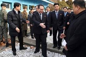 Đối thoại liên Triều: Những bước đi nhỏ trong bức tranh lớn
