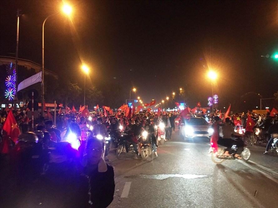 [Siêu đại chiến Việt Nam - Qatar] Thành Vinh trấn - chính thức thất thủ.,