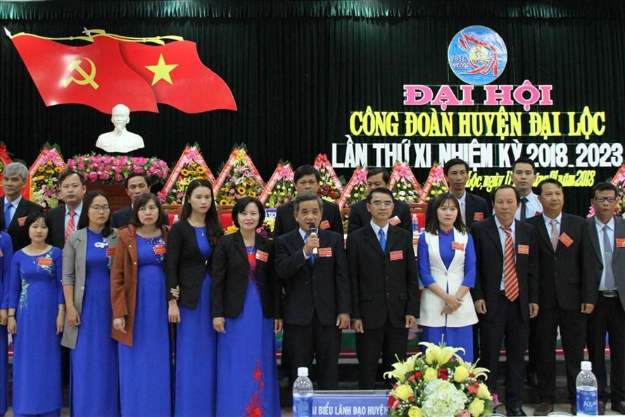 Ban Chấp hành LĐLĐ huyện Đại Lộc (tỉnh Quảng Nam) khóa mới ra mắt toàn thể đại hội. Ảnh: LAM PHƯƠNG