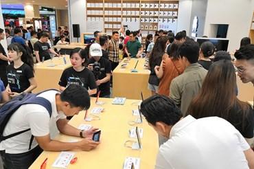 Cửa hàng trải nghiệm hiện đại nhất Đông Nam Á của Huawei tại SC VivoCity (TP.HCM).