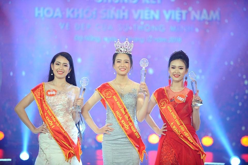 Nguyễn Thị Phương Lan đăng quang Hoa khôi sinh viên Việt Nam 2018