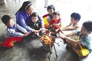 Tình người ấm áp ở cô nhi viện Phú Hòa