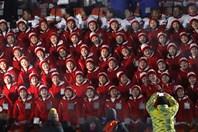 """Ấn tượng dàn cô gái cổ vũ xinh đẹp """"đều tăm tắp"""" tại lễ khai mạc Thế vận hội"""