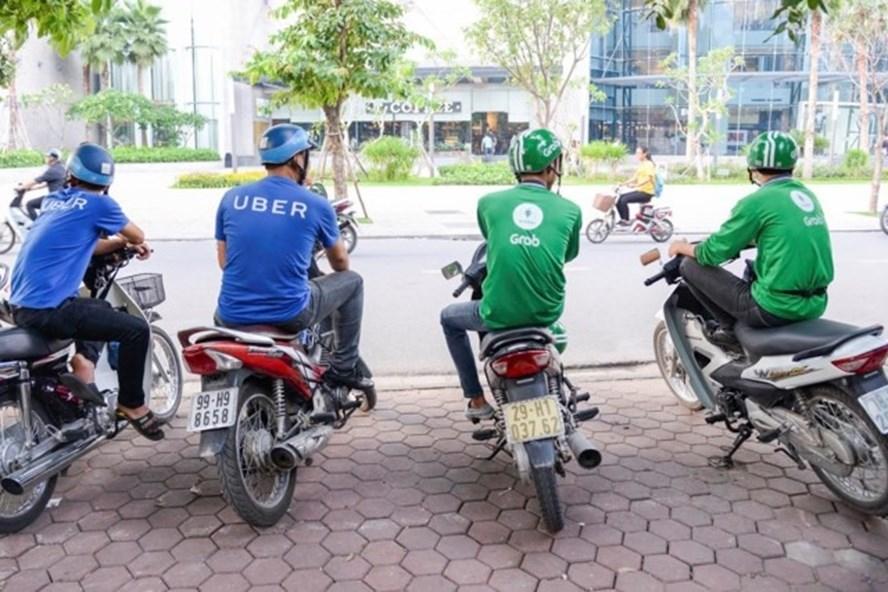 """Cần phải khống chế mức cước trần của dịch vụ """"taxi công nghệ"""" và """"xe ôm công nghệ"""" để bảo vệ quyền lợi người tiêu dùng."""