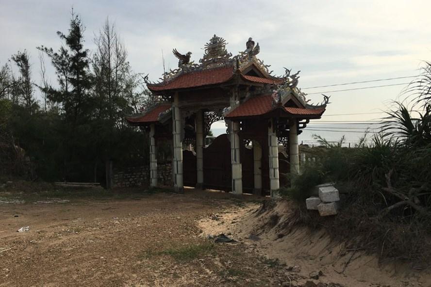 Một góc Khu du lịch Vạn Trụ tại mũi Kê Gà, huyện Hàm Thuận Nam, tỉnh Bình Thuận. Ảnh: C.H