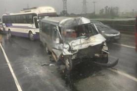 Tai nạn liên hoàn trên cao tốc Pháp Vân - Cầu Giẽ, 3 người thương nặng