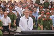 """Ông Đinh La Thăng có hai người """"đồng hành"""" trong cả 2 phiên tòa"""