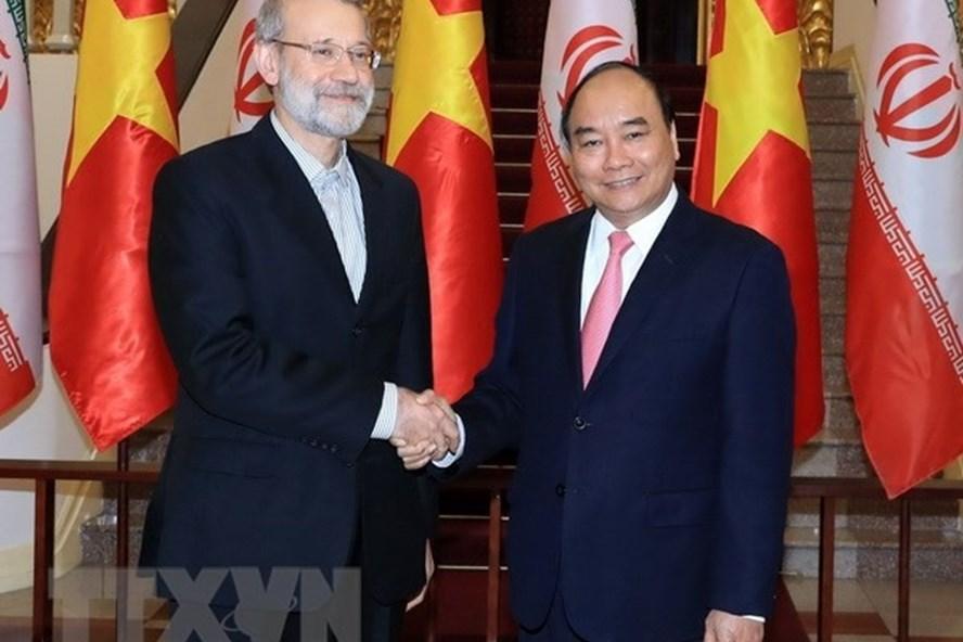 Thủ tướng Nguyễn Xuân Phúc tiếp Chủ tịch Quốc hội nước Cộng hòa Hồi giáo Iran Ali Ardeshir Larijani. (Ảnh: Thống Nhất/TTXVN)