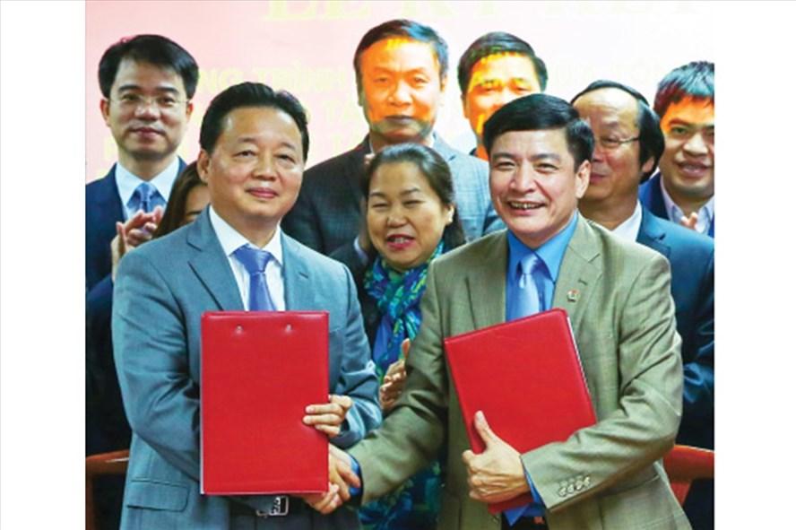 Tổng LĐLĐVN và Bộ TNMT phối hợp bảo vệ môi trường: Nhiều hoạt động cụ thể, thiết thực