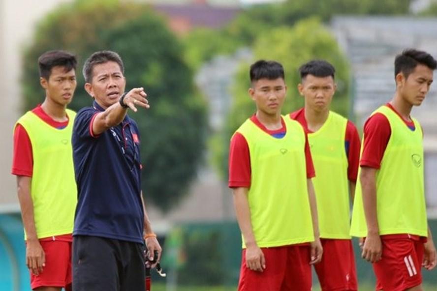 Thầy tròtrò HLV Hoàng Anh Tuấn hướng đến VCK U19 Châu Á 2018. Ảnh: TL