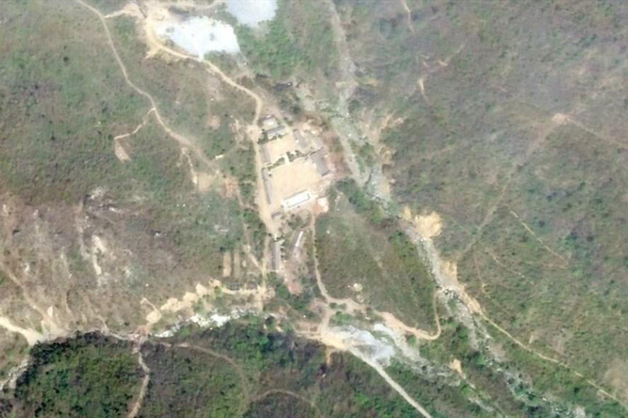 Ảnh vệ tinh chụp bãi thử hạt nhân Punggye-ri của ngày 14.5.2018. Ảnh: Reuters