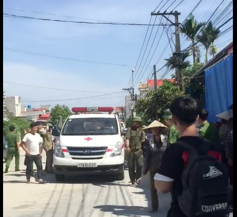 Con rể mang mìn kích nổ tại nhà bố vợ cũ, 3 người thương vong