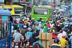 """TPHCM: Nguy cơ """"phá sản"""" chương trình giảm ùn tắc giao thông"""