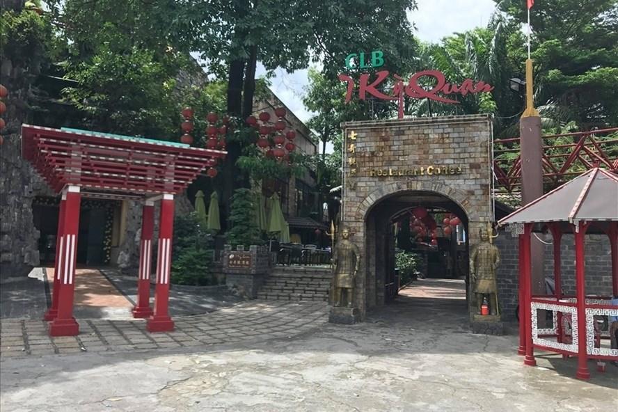 Nhà hàng cà phê trong công viên Bình Phú, Q.6, TPHCM. Ảnh: M.Q