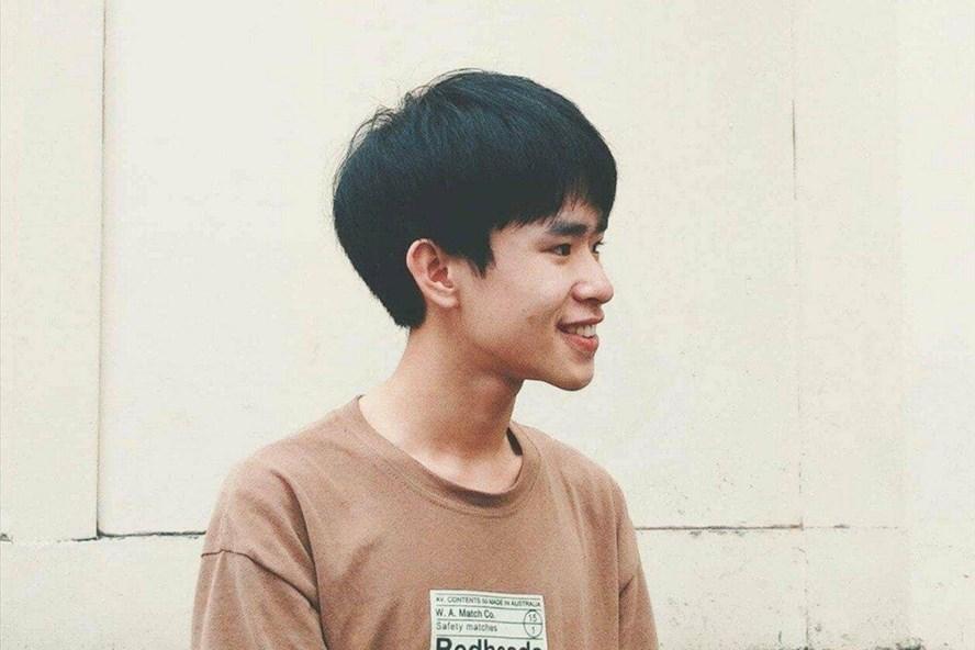 Thủ khoa Phan Trung Kiên.