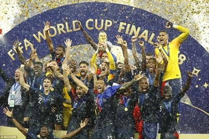 Khoảnh khắc tuyệt đỉnh đăng quang giành Cúp vàng World Cup của ĐT Pháp