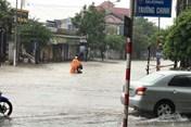 Mưa lớn, ngập úng hoành hành tỉnh Nghệ An, Hà Tĩnh