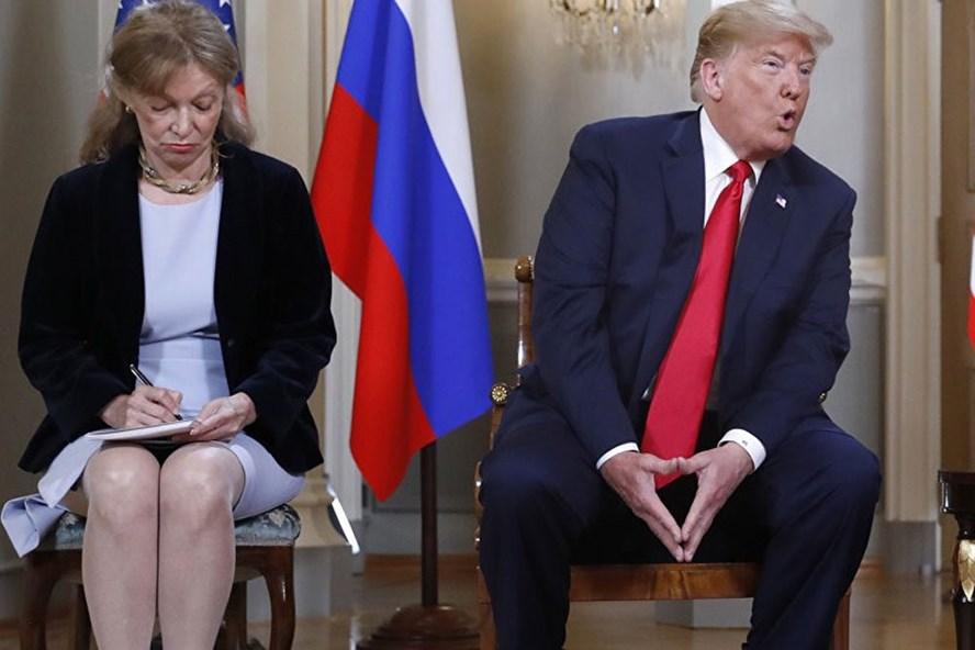 Bà Marina Gross - phiên dịch viên của tổng thống Donald Trump trong cuộc gặp thượng đỉnh với Tổng thống Nga Vladimir Putin. Ảnh: Sputnik.